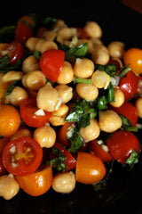 Chickpea and tomato salad with fresh basil
