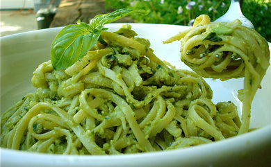 Avocado Pesto Pasta - My Voice Vegan Recipes
