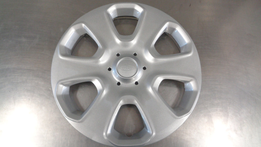 "Ford Fiesta WT Genuine 15"" Hub Cap Cover New Part"
