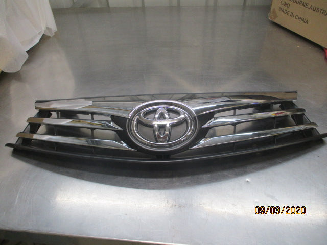 Toyota Corolla Genuine Front Grille New Part
