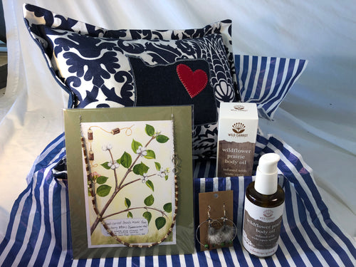 Feather Your Nest Gift Box