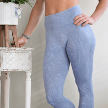 Load image into Gallery viewer, Transitional Seamless Legging-Leggings-Ladies, Lattes, and Lifting