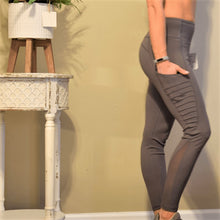 Load image into Gallery viewer, Super Smooth High Waist Legging with Multiple Pockets-Ladies, Lattes, and Lifting
