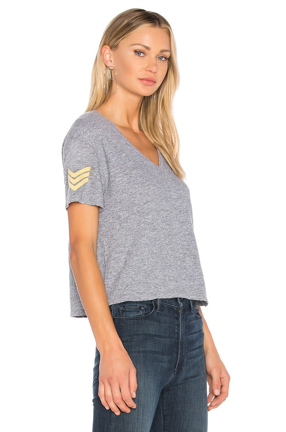 MILITARY PATCH V-NECK TEE