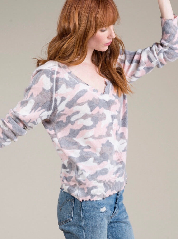 Rose Quartz Camo V-Neck