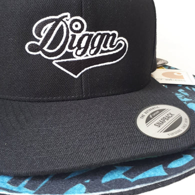 Diggn - Embroidered Snapback Hat - Black