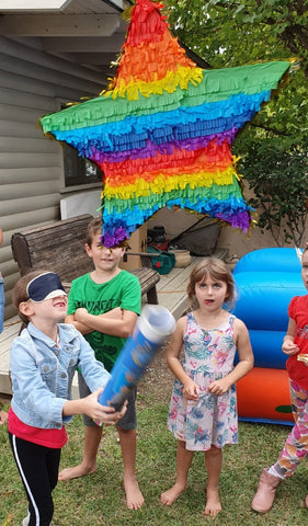 Rainbow Party Games - Rainbow Piñata