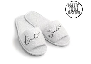 Bridal party heart print slippers - Bride
