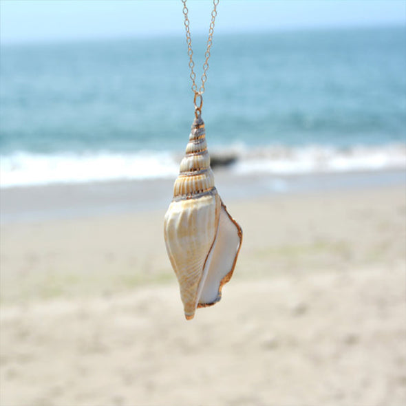 Amazing Small Conch Seashell Necklace - Ocean Club Co