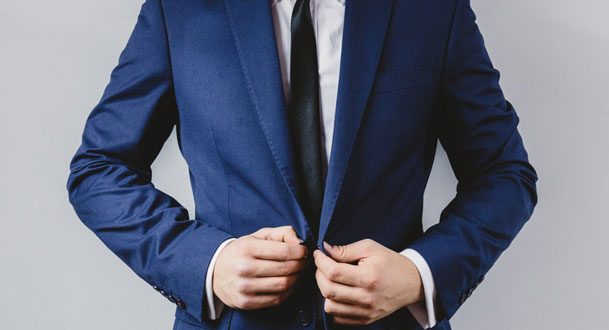 9 tips on Buying a Dinner Suit