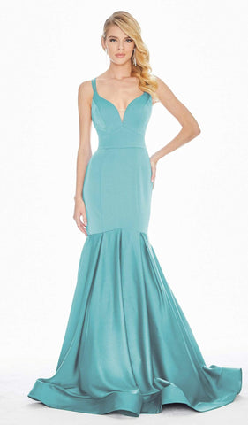 Ashley Lauren - 1532 Plunging Sweetheart Trumpet Gown