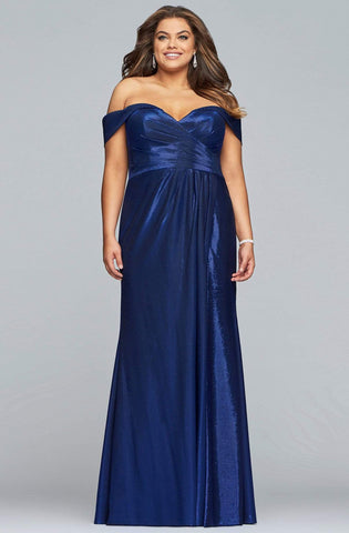 Faviana - 9457 Pleated Off-Shoulder Metallic Jersey Sheath Dress
