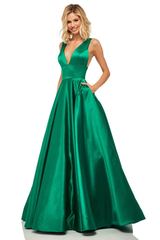 Sherri Hill - 52911 Sleeveless Deep V-neck A-line Dress