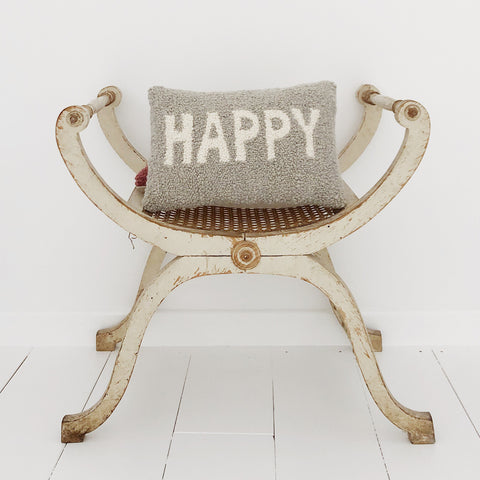 Coussin rectangulaire Punch Needle - HAPPY - Gris perle