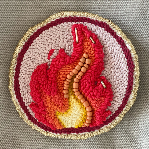"Broche ""FIRE"" - punch needle"
