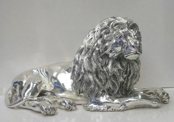ITALIAN SILVER PLATED HAND WROUGHT FIERCE DETAILED LION KING FIGURINE