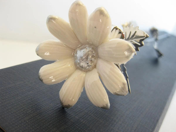 ITALIAN SILVER PLATED & PORCELAIN WHITE SILVER TIP LONG STEM DAISY