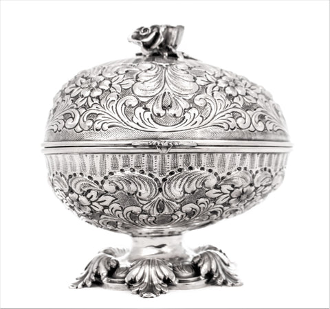 ITALIAN 925 STERLING SILVER EGG SHAPED INTRICATE MATTE FLORAL SWIRL ESROG BOX