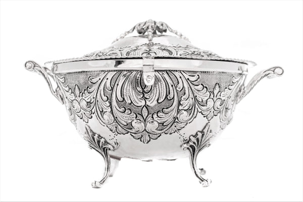 ITALIAN 925 STERLING SILVER HANDMADE CHASED LEAF CARRIAGE JEWELRY ESROG BOX