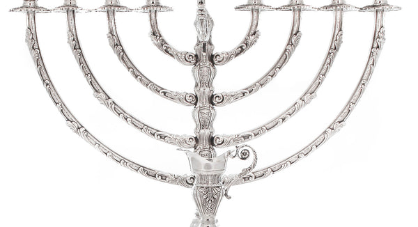 925 STERLING SILVER HANDCRAFTED ORNATE CHASED ROUND BASE CHANUKAH MENORAH