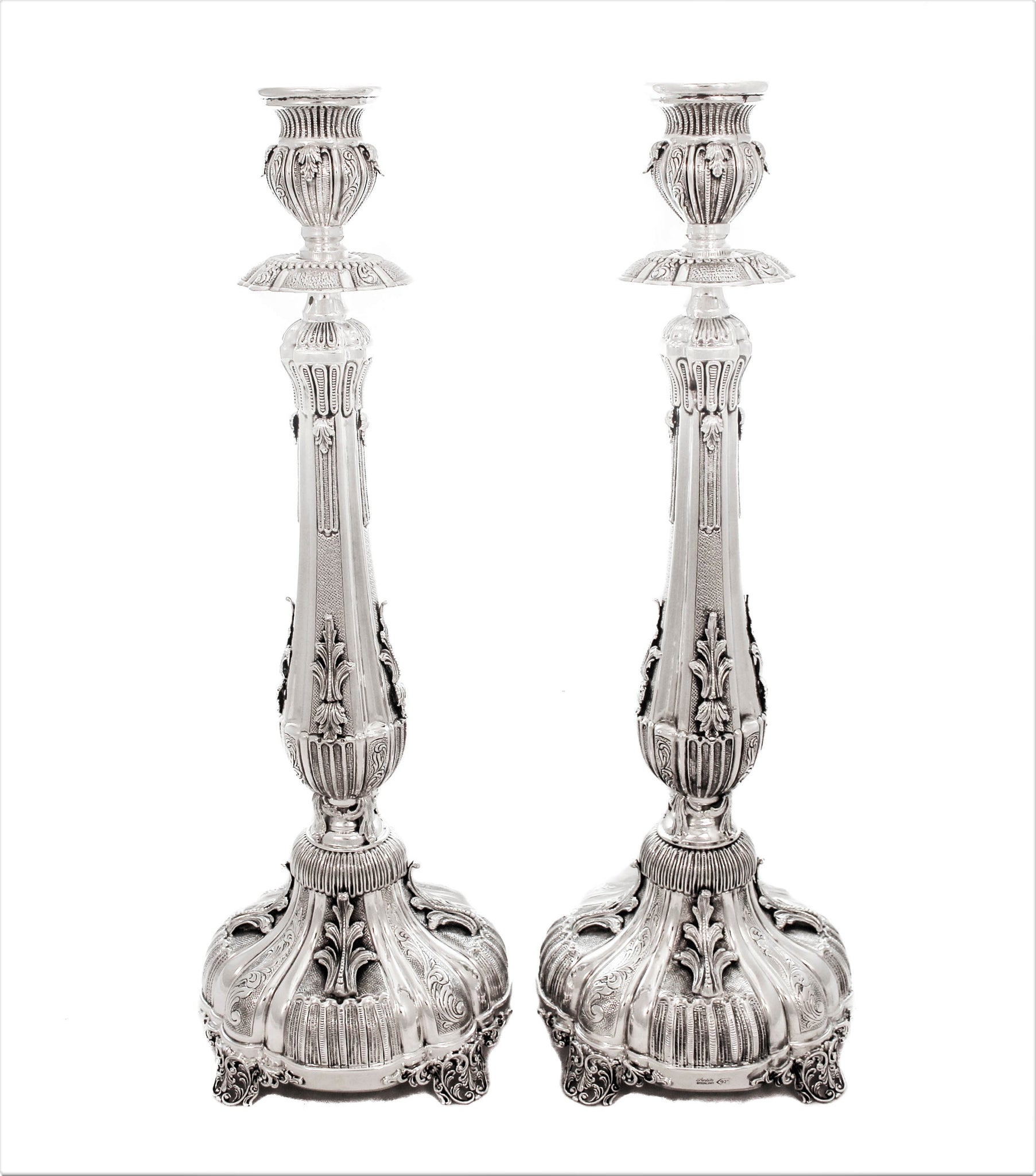 FINE 925 STERLING SILVER HAND CHASED GARLAND DESIGN LEAF APPLIQUE CANDLESTICKS