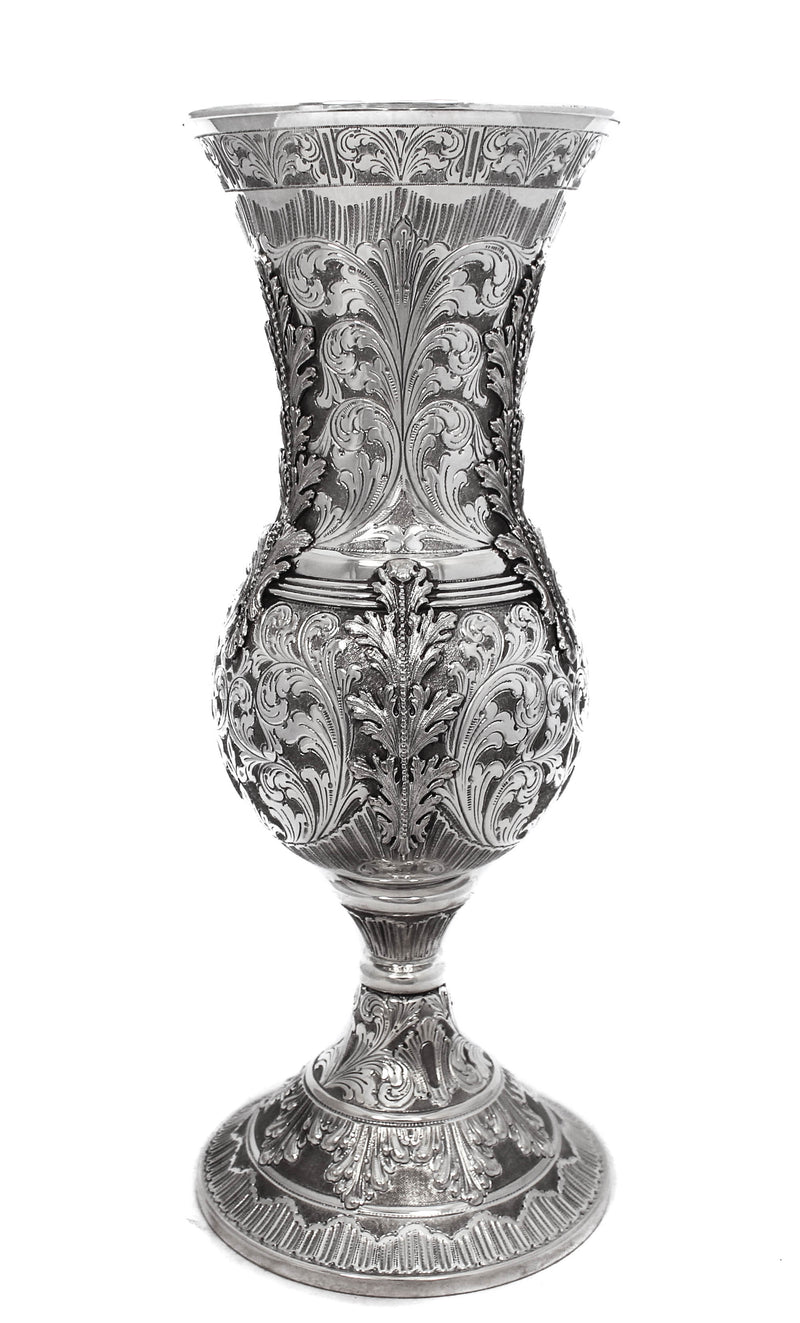 ITALIAN 925 STERLING SILVER DETAILED HAND CHASED PASSOVER CUP WITH LEAF APPLIQUE