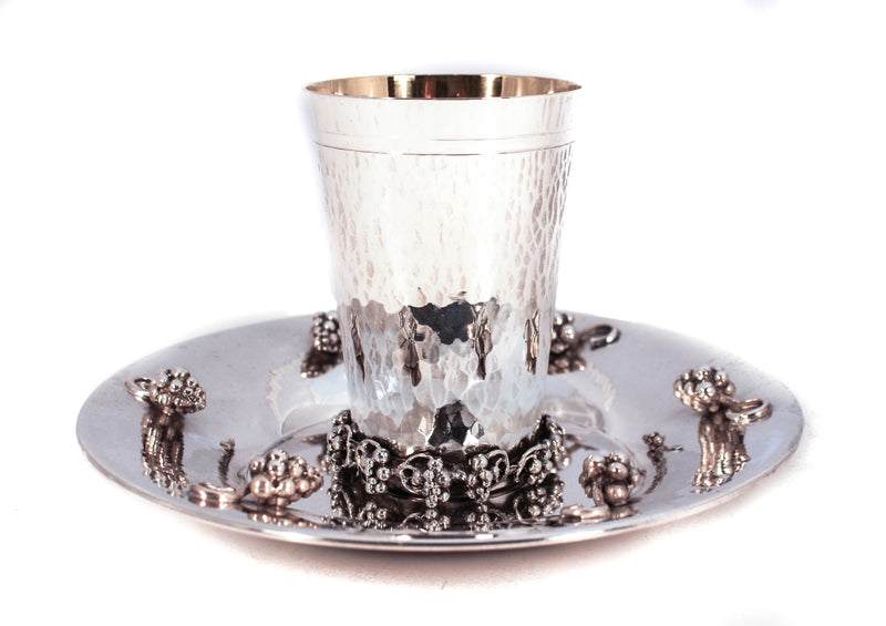 FINE ITALIAN 925 STERLING SILVER HANDMADE HAMMERED GRAPE APPLIQUE CUP & TRAY