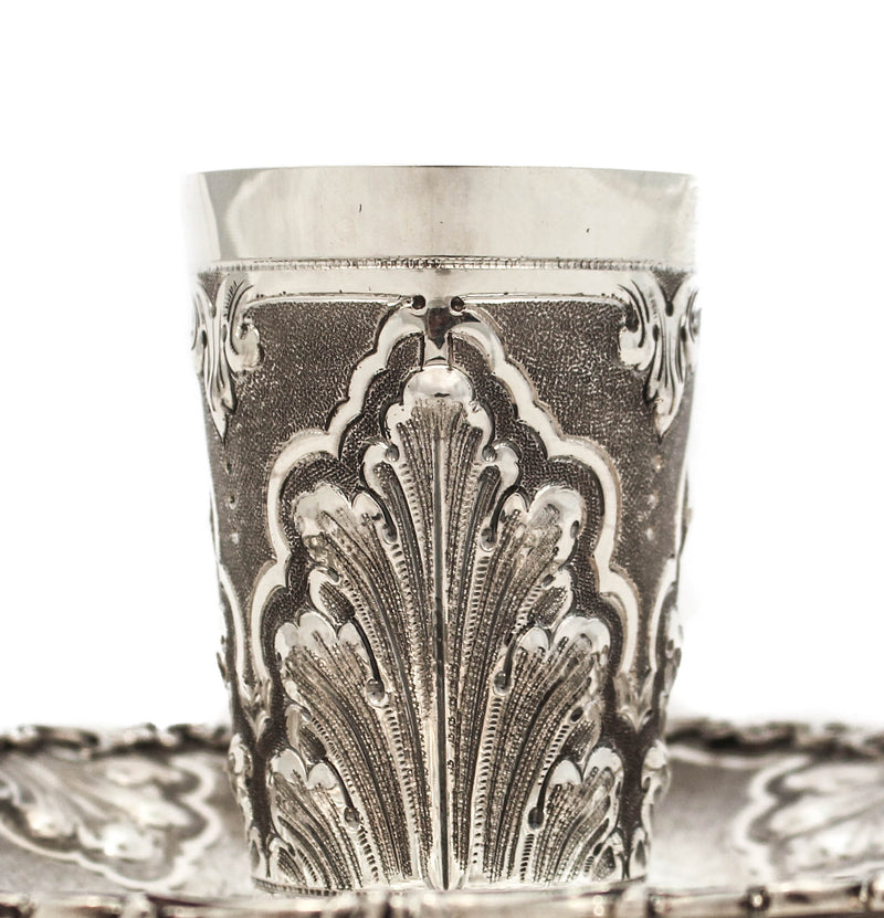 FINE ITALIAN 925 STERLING SILVER HANDMADE CHASED LEAF APPLIQUE CUP & TRAY