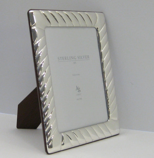 ITALIAN 925 STERLING SILVER HANDMADE GLOSSY MODERN FLUTED 7 X 9 PICTURE FRAME