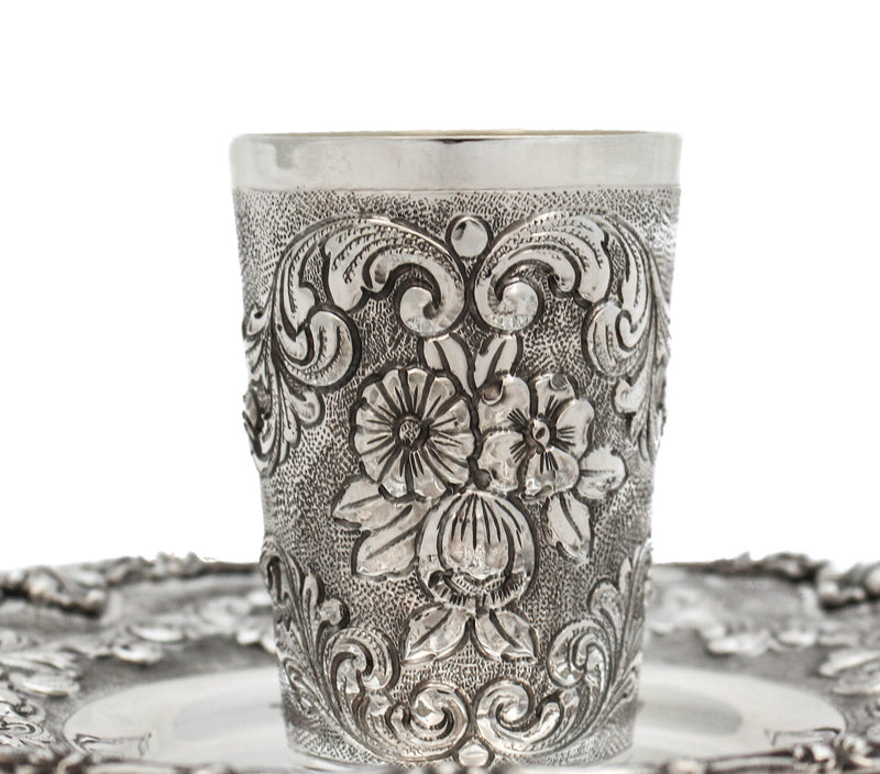 ITALIAN 925 STERLING SILVER HAND WROUGHT DETAILED FLORAL CHASED CUP & TRAY
