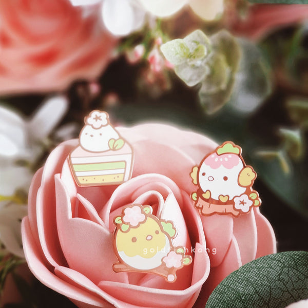 Spring Chickies Pin: Hard-boiled Henrietta - Goldfishkang