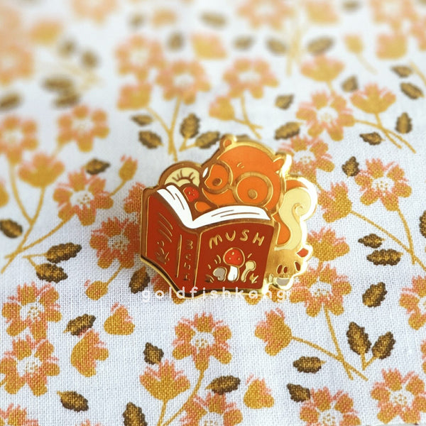 Tomes and Toadstools Pin: Shroom Scholar