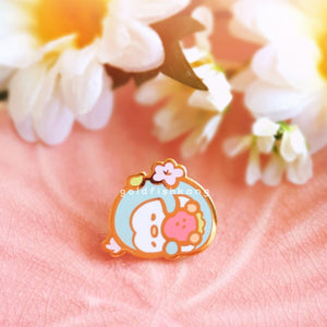 Pingwins Enamel Pin: Napping Bluebell