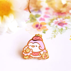 Pingwins Enamel Pin: Lavender's New Friend