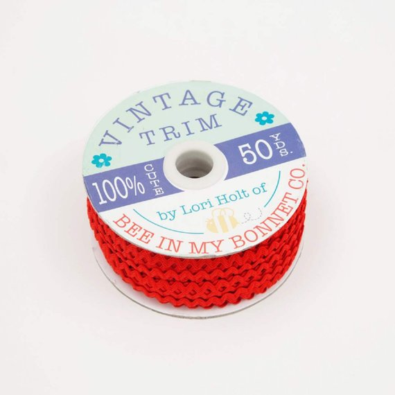Vintage Trim Red Small