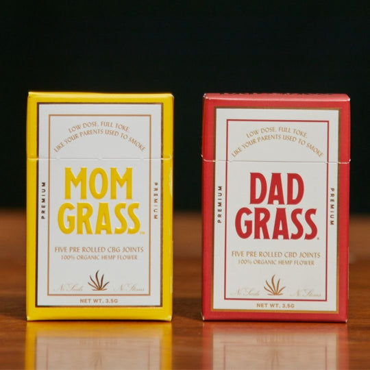 What's The Difference Between Dad Grass and Mom Grass?