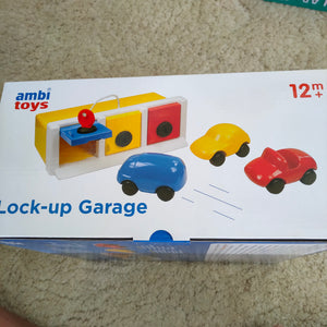 Lock up Garage - Ambi toys