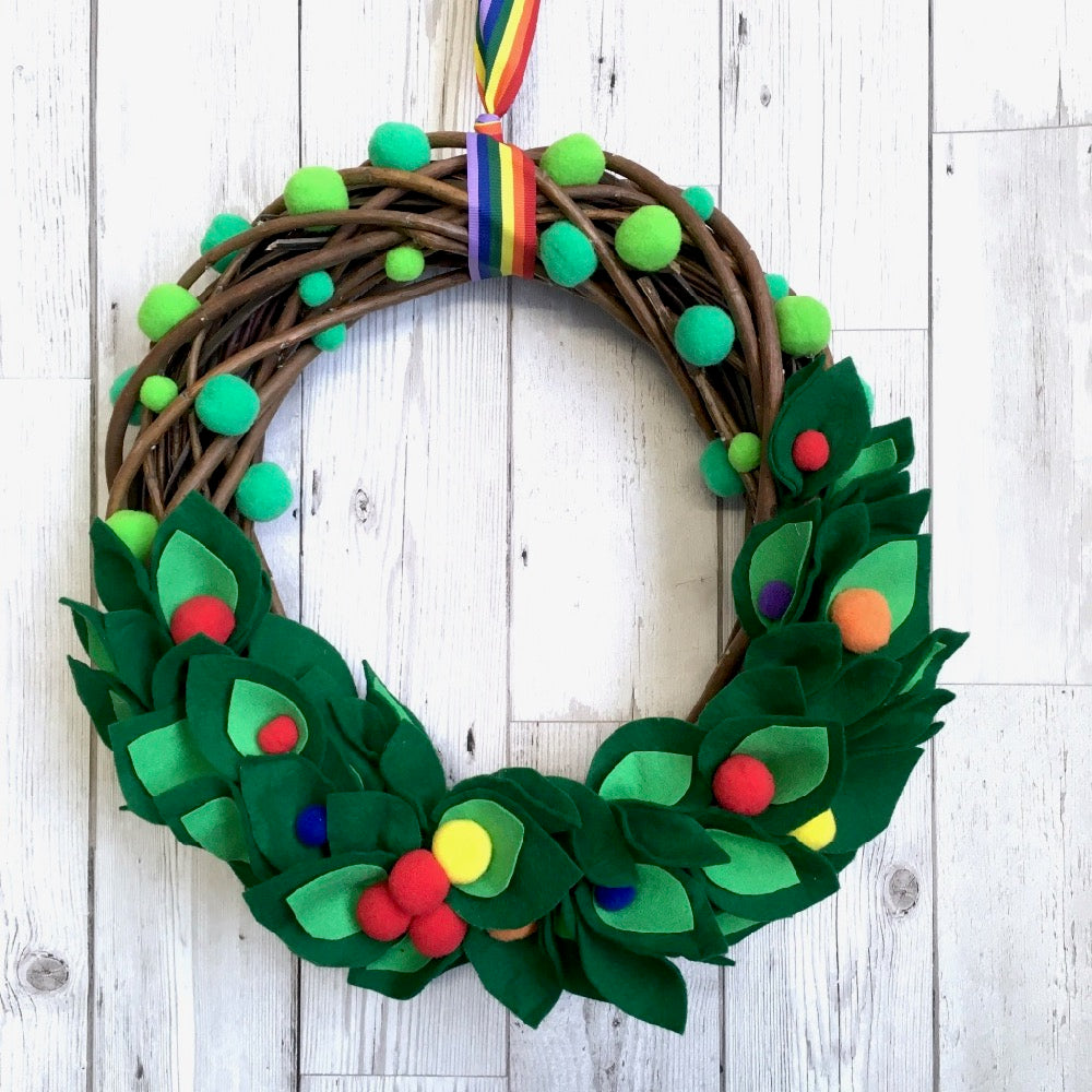 Rainbow Felt & Pompoms Christmas Wreath Handmade Tutorial