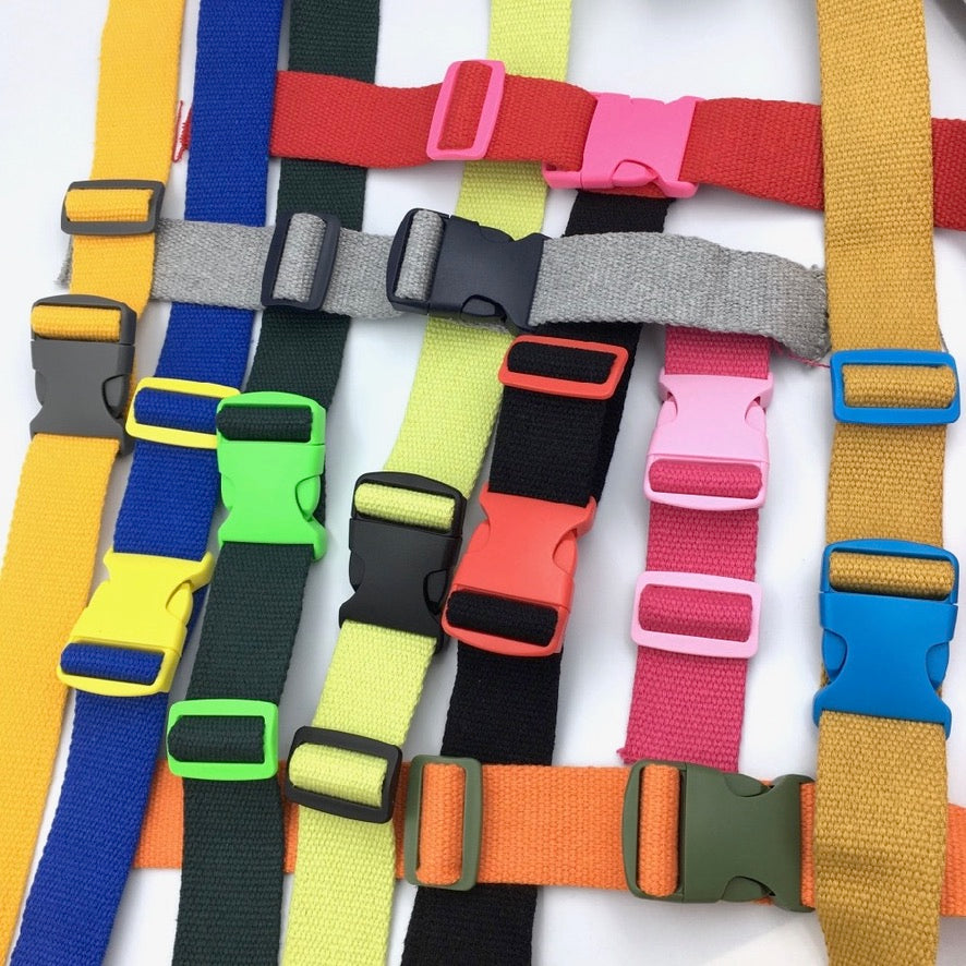 Chunky Plastic Buckle - Bright Colours - 10 Colour Rainbow Pack - Frumble Fabrics