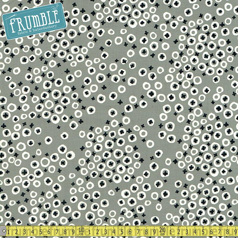 Black & White - Berry Patch Grey - Frumble Fabrics