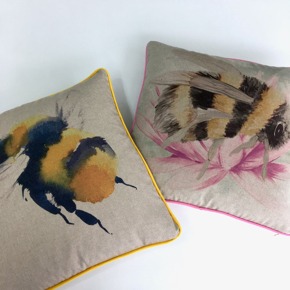 Bumblebees Cushion Panel Project Kit