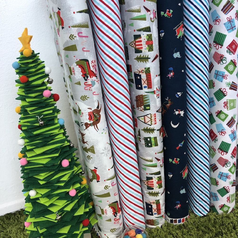 Way Up North Christmas Fat Quarter Pack - Frumble Fabrics