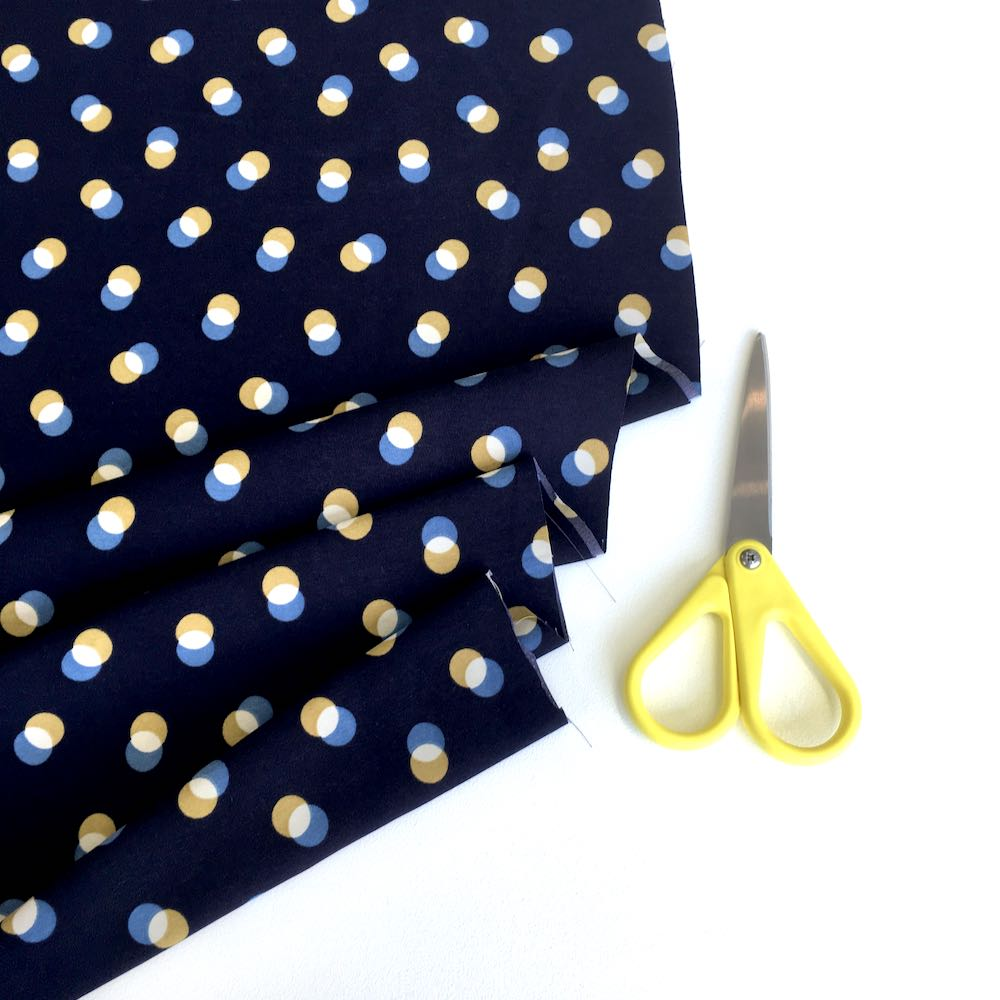 Double dots super silky Pearl Peach by Penelope Navy - Frumble Fabrics