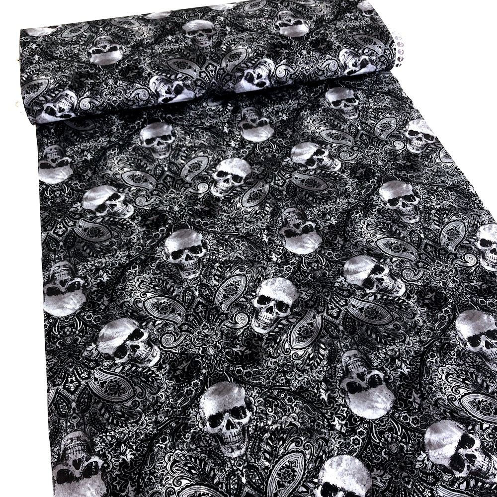 Skull Filigree Black
