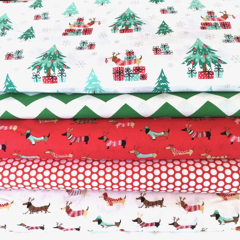 Christmas Sausage Dogs Fat Quarter Pack