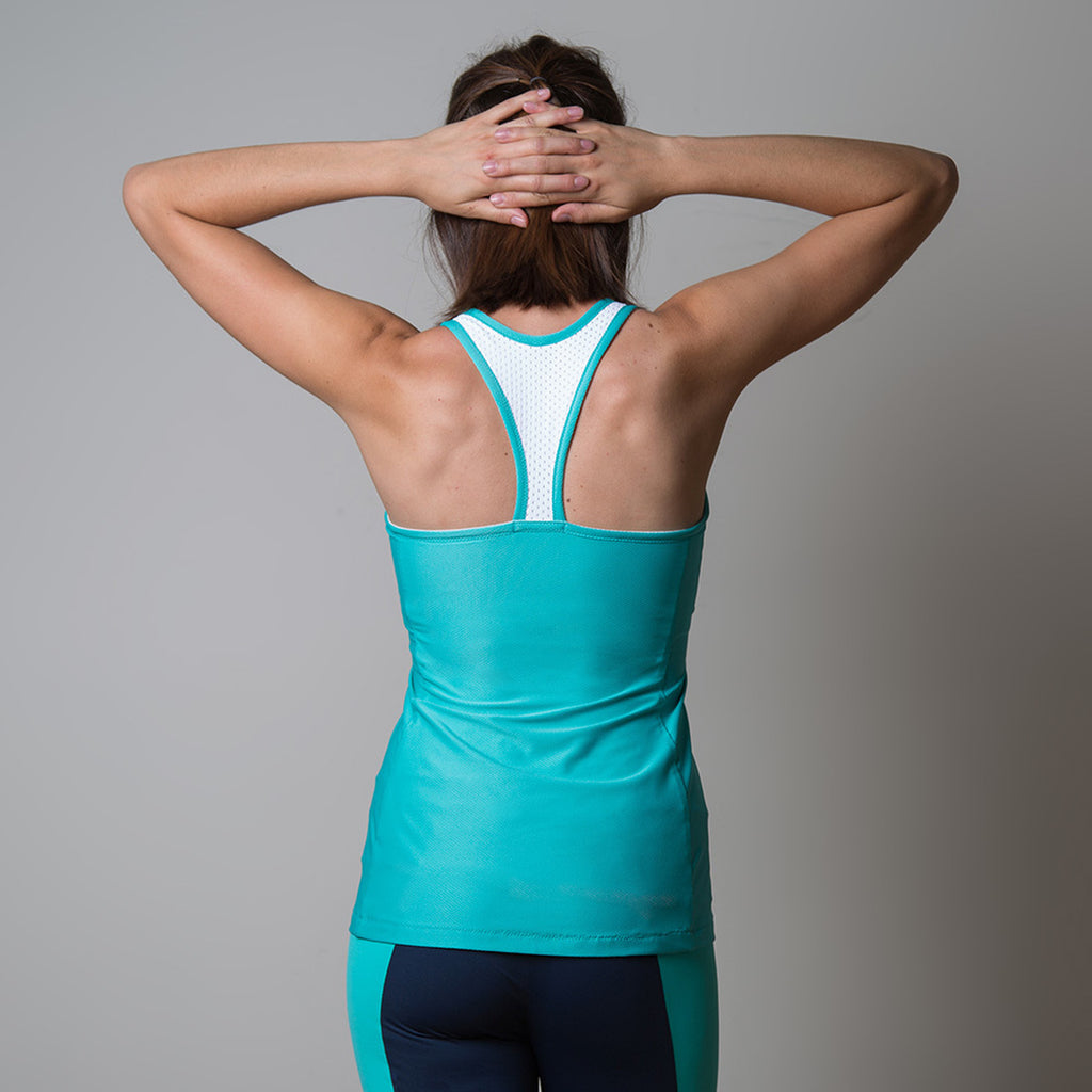 Sewaholic Dunbar Top & Bra Pattern. Your choice of a mid-hip length tank top or pull-on sports bra featuring sweetheart seaming, contrast straps and bound edges.