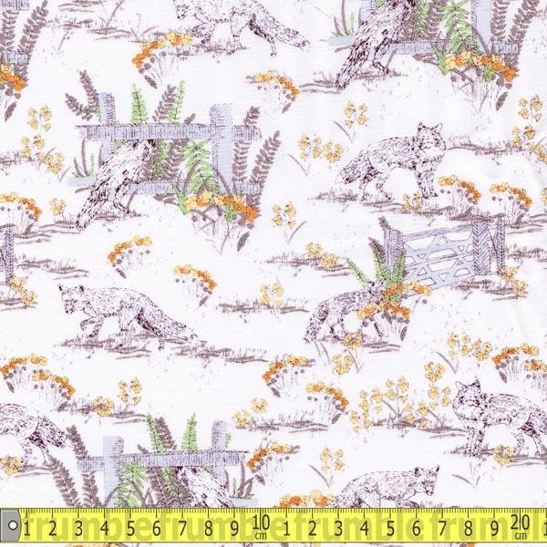 Wildlife Foxes Ivory Fabric by Makower Inprint
