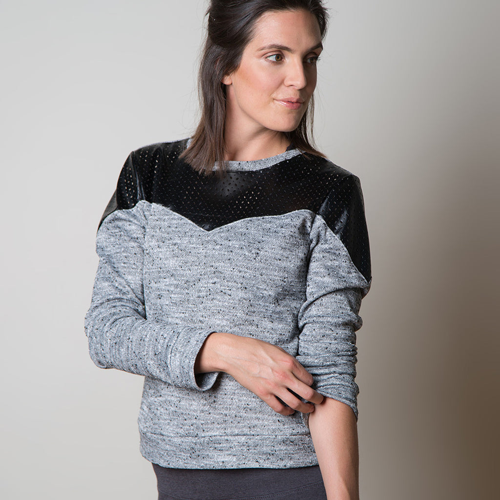 Sewaholic Fraser Sweatshirt Jumper Pattern A semi-fitted pullover knit top featuring set-in sleeves, contrast options, and sleeve variations so you can customize it to best suit your wardrobe.