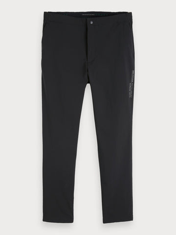 Refined Sweatpants in Black