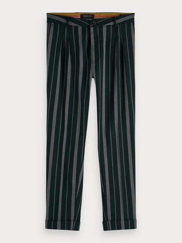 Twilt - Pleated Trousers | Loose tapered fit in Black